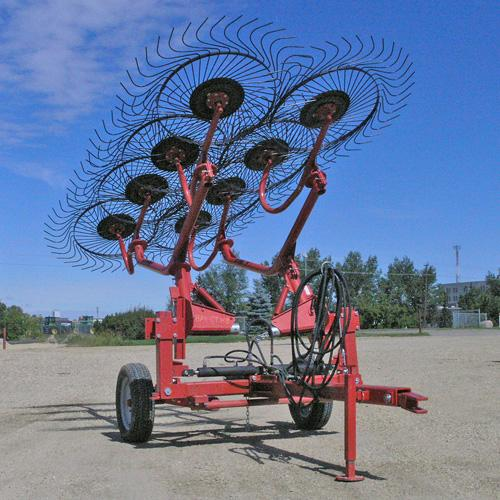 8 WHEEL CARTED RAKE